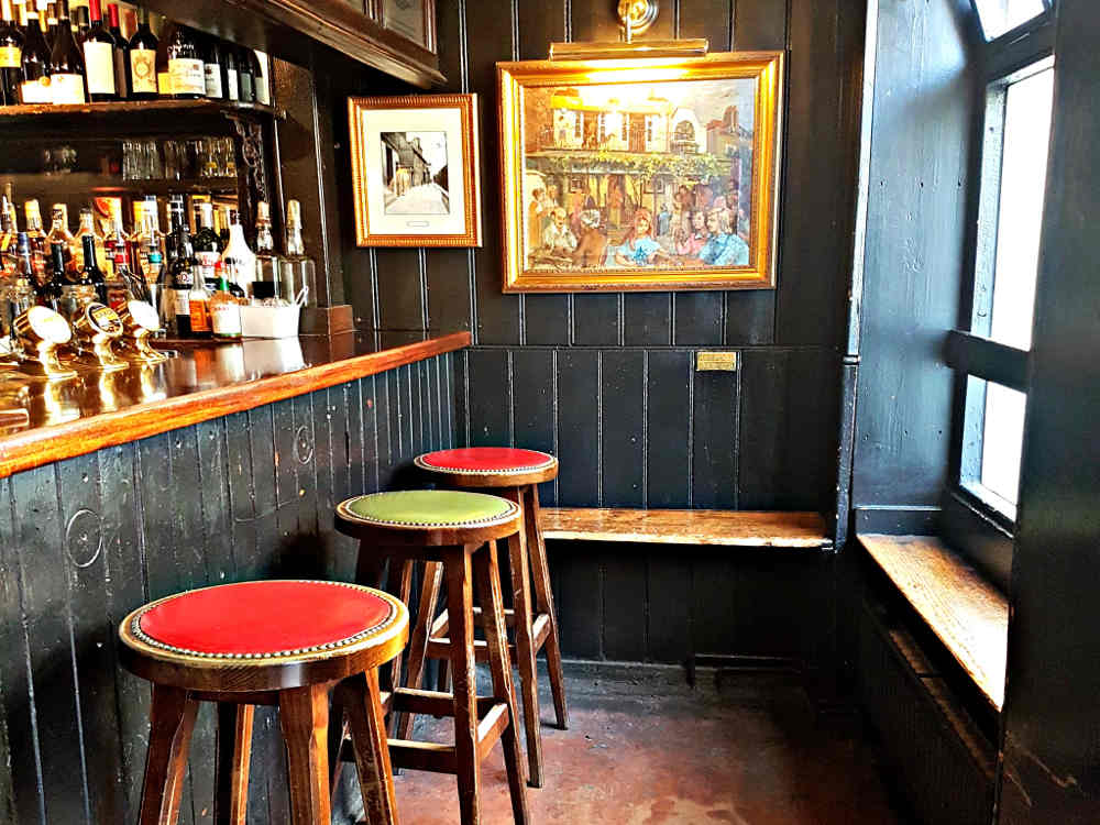 The Dove Pub, Hammersmith, Oxford and Cambridge