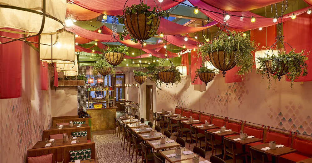 Indian restaurant near London's opera, restaurants in Covent Garden, Cinnamon Bazaar