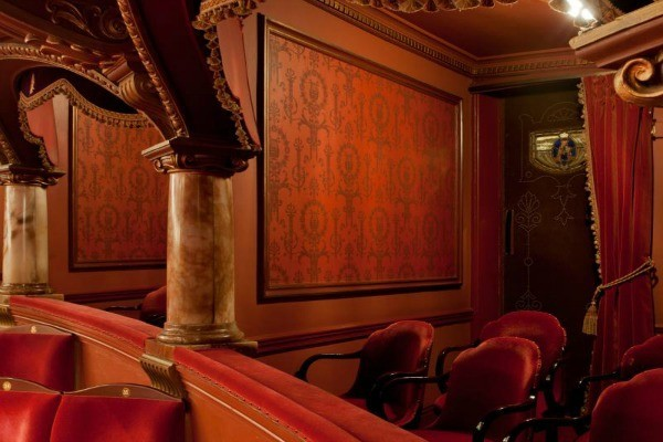 restaurants near London's opera, Covent Garden, Royal Opera House, English National opera.