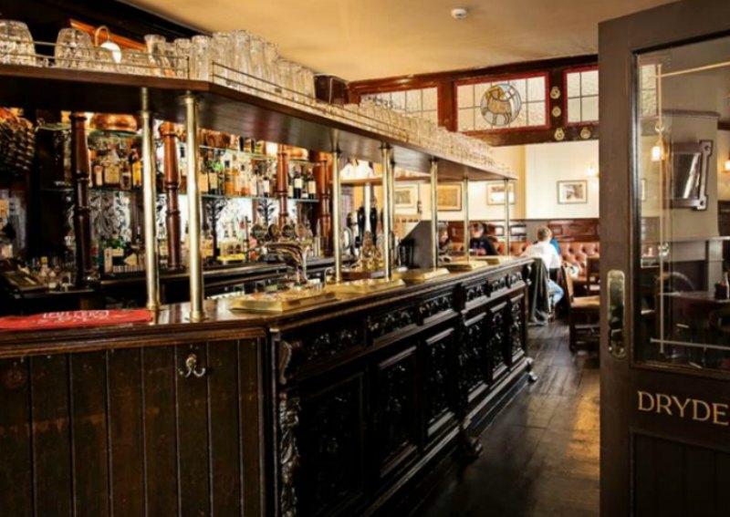 Restaurants near London's opera, Covent Garden, Royal Opera House, ENO, Lamb and Flag pub