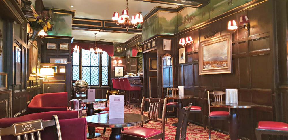 restaurants near London's opera, restaurants in Covent Garden, English National Opera, ENO, Royal Opera House, Rules