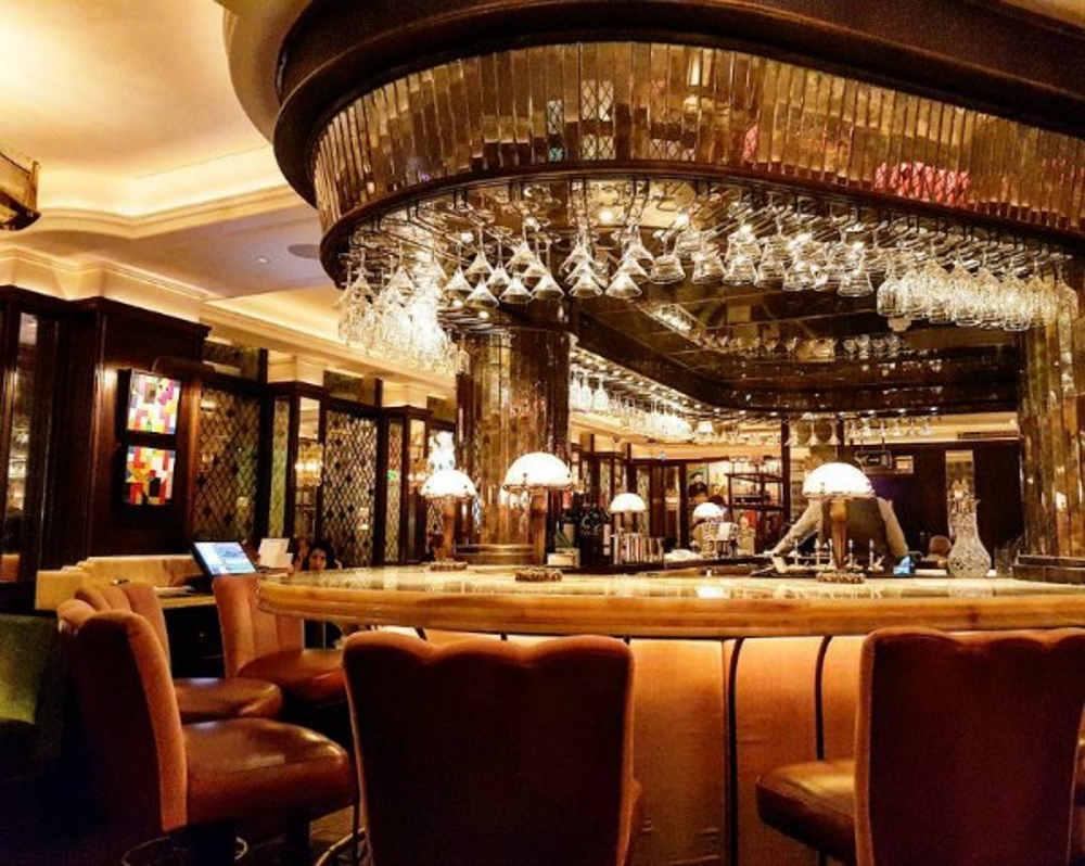 Ivy, restaurants near London's opera, restaurants in Covent Garden