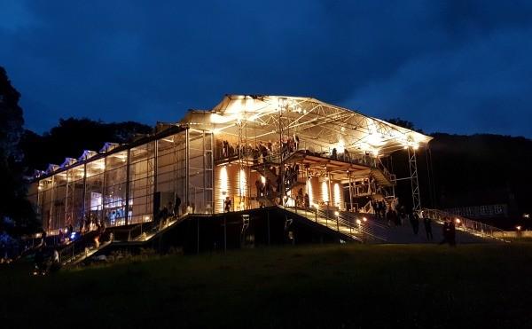 Garsington Opera, Il Turco in Italia, country opera house, opera, Picnic, Wormsley