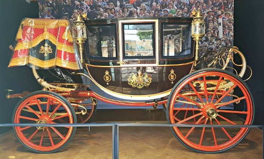 Royal Mews, Buckingham Palace, Diana, The Royal Family, Glass Coach
