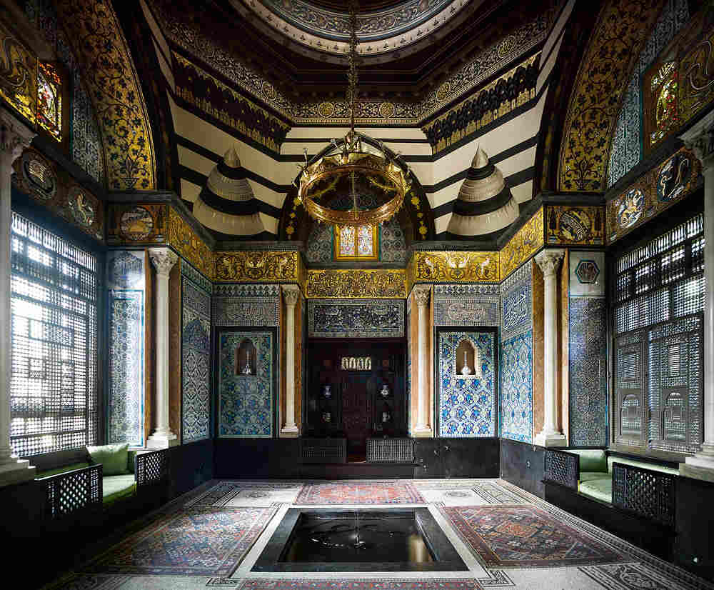 William de Morgan, Guildhall Art Gallery, Sublime Symmetry, Arts and Crafts, Victorian artist, Leighton House, Arab Hall