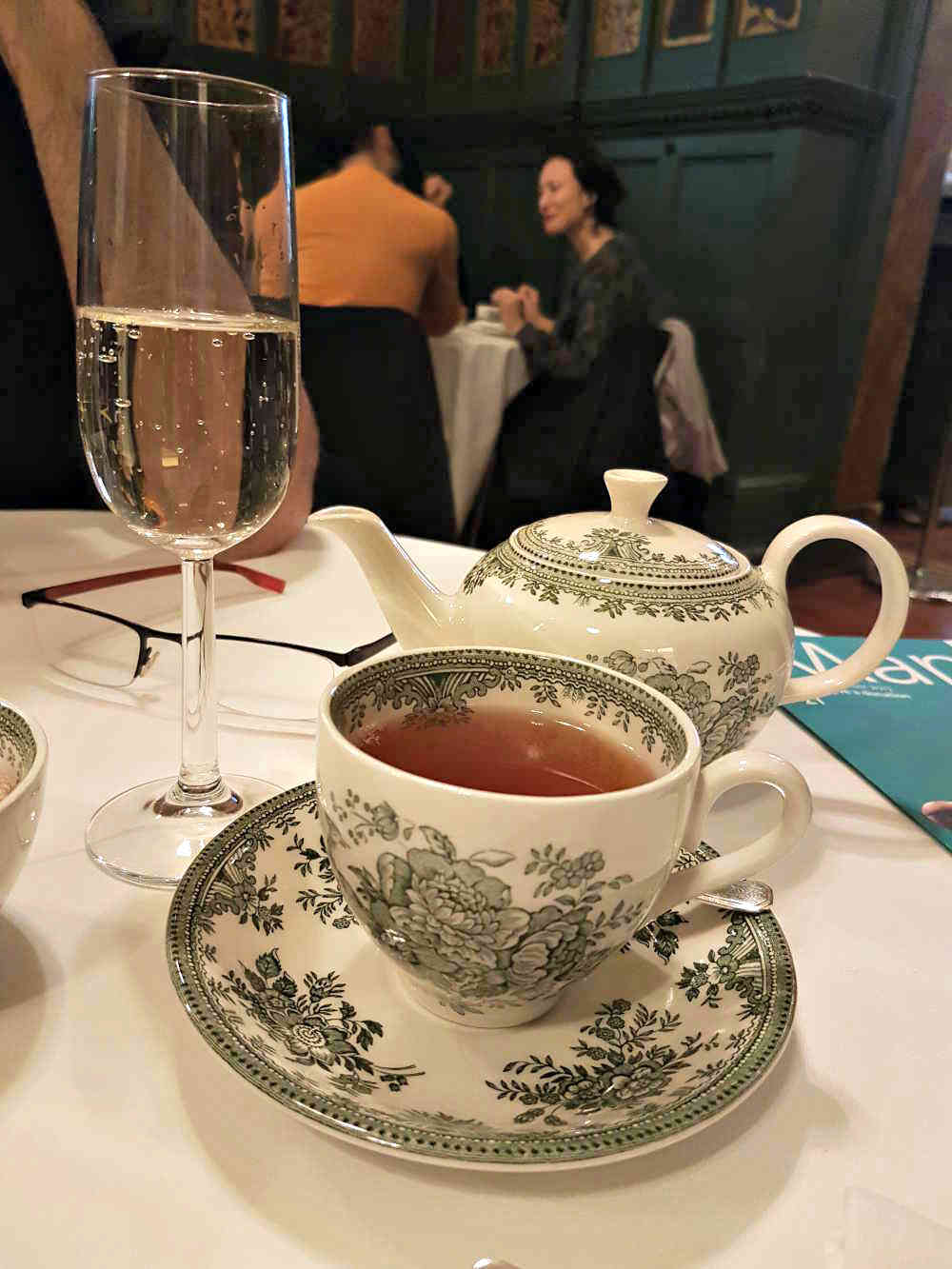 Victorian Tea V & A, prettiest tea rooms in London, William Morris London, historical tea London, Tasha Marks, Burleigh pottery