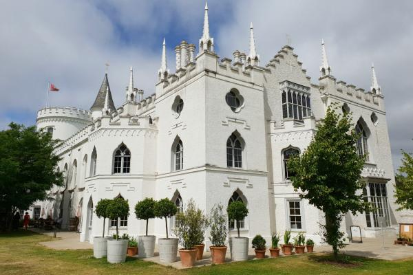 Strawberry Hill House, Horace Walpole, Gothic architecture London