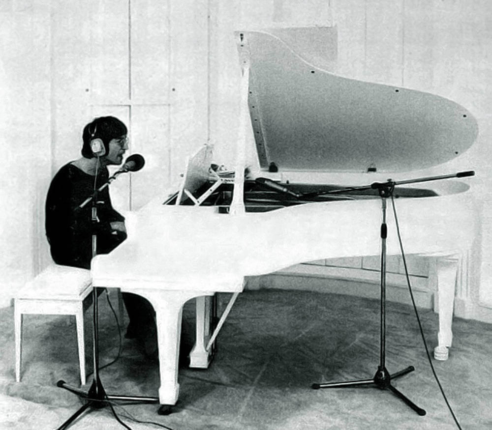 John Lennon Imagine piano