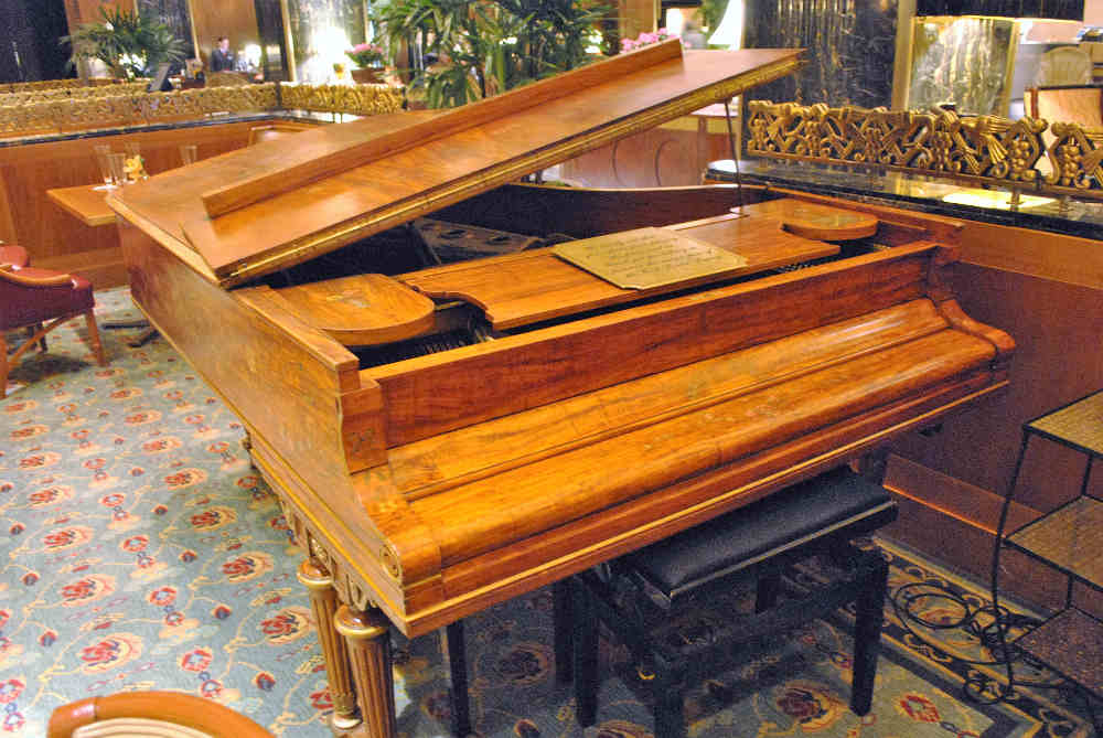 Cole Porter piano at the Waldorf Astoria piano