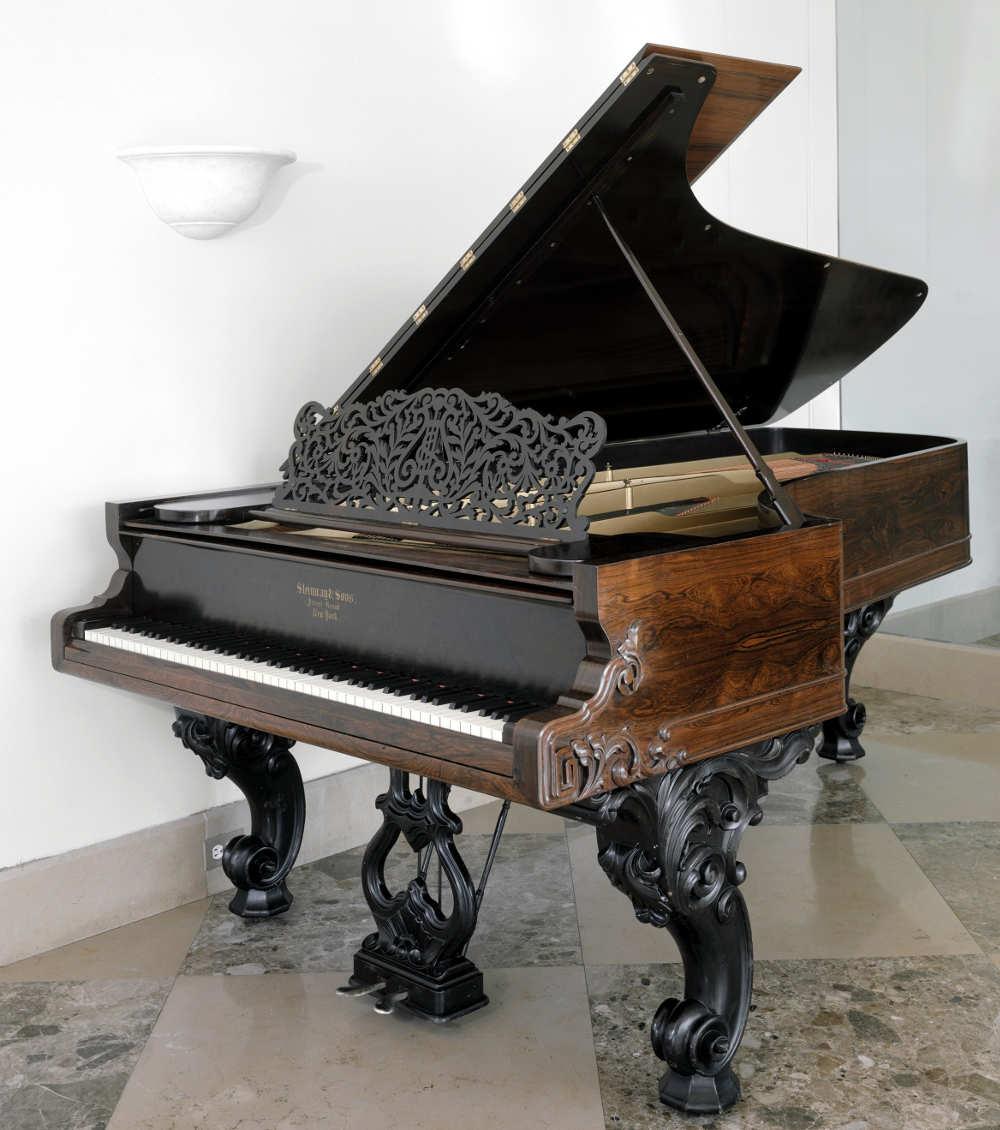 First Steinway grand piano, Met Steinway
