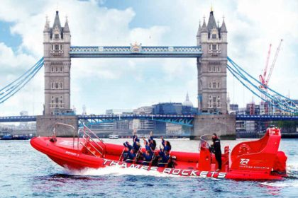Thames Rockets, London's fastest speedboat trip , thames rockets review, thames boat trips, London speedboat ride