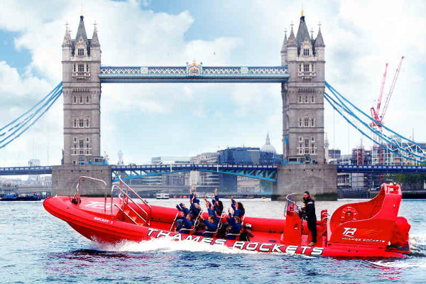 Thames Rockets, London's fastest speedboat trip , thames rockets review, thames boat trips, London speedboat ride, London rib