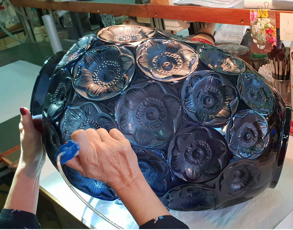 Lalique factory, cold glass workshop, anemone