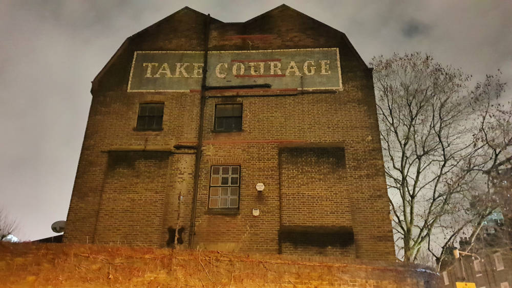Take Courage, ghost sign, Bankside things to do