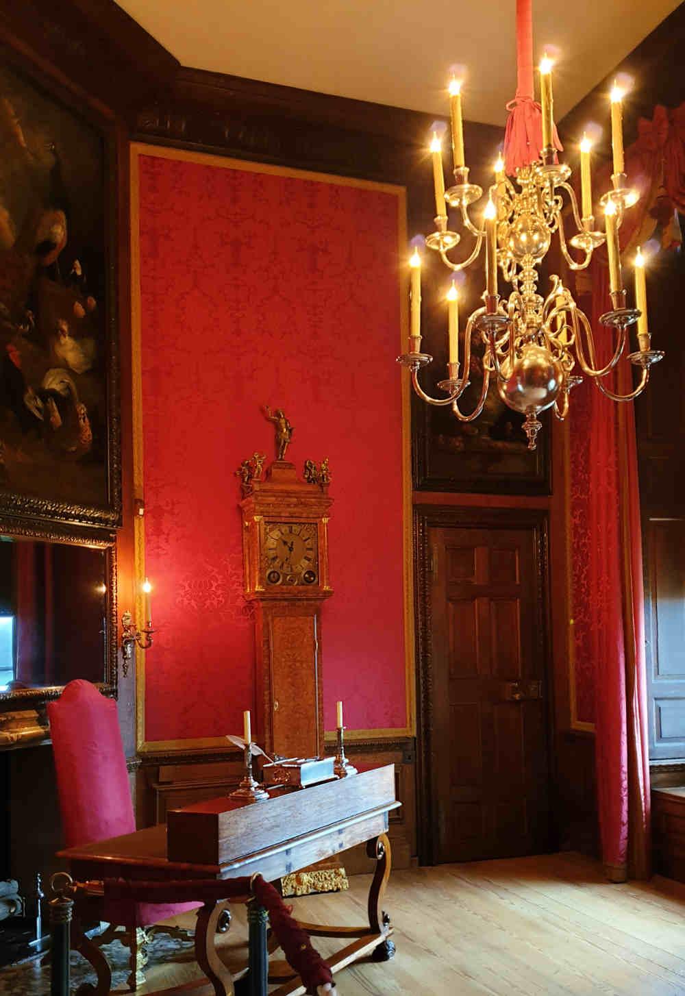 The Favourite, Costumes, Hampton Court Palace, Queen Anne, Emma Stone, Abigal Masham