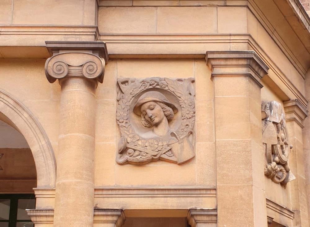 Eltham Palace history