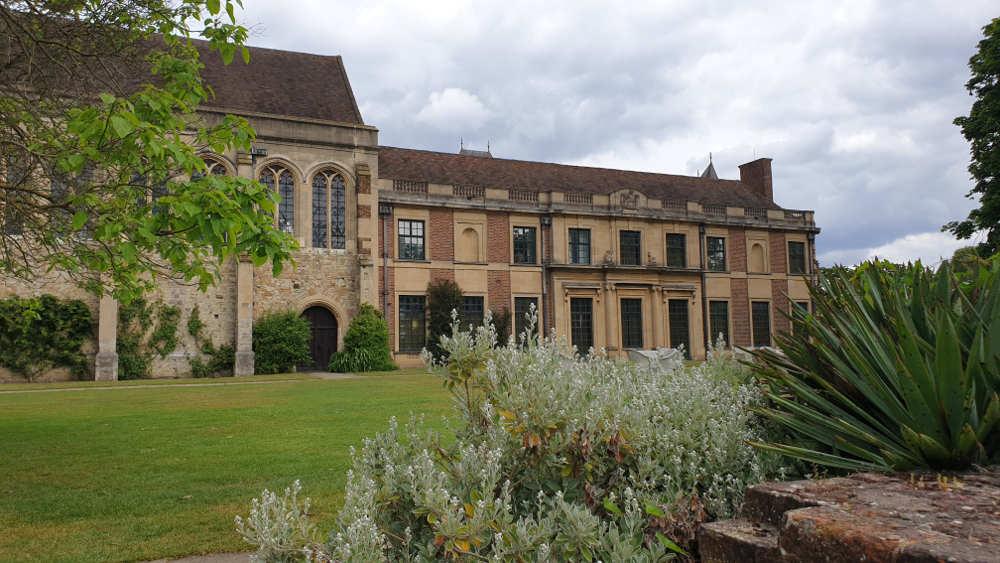 Eltham Palace, architecture, Henry VIII, renovation