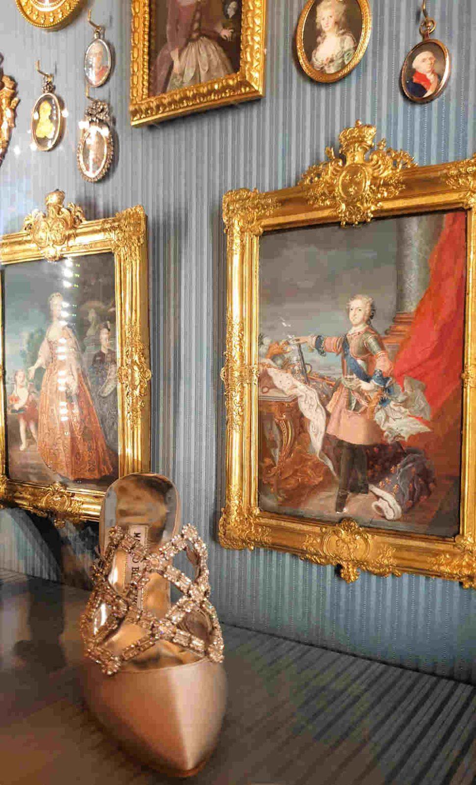 Boudoir Cabinet, Wallace, Manolo Blahnik