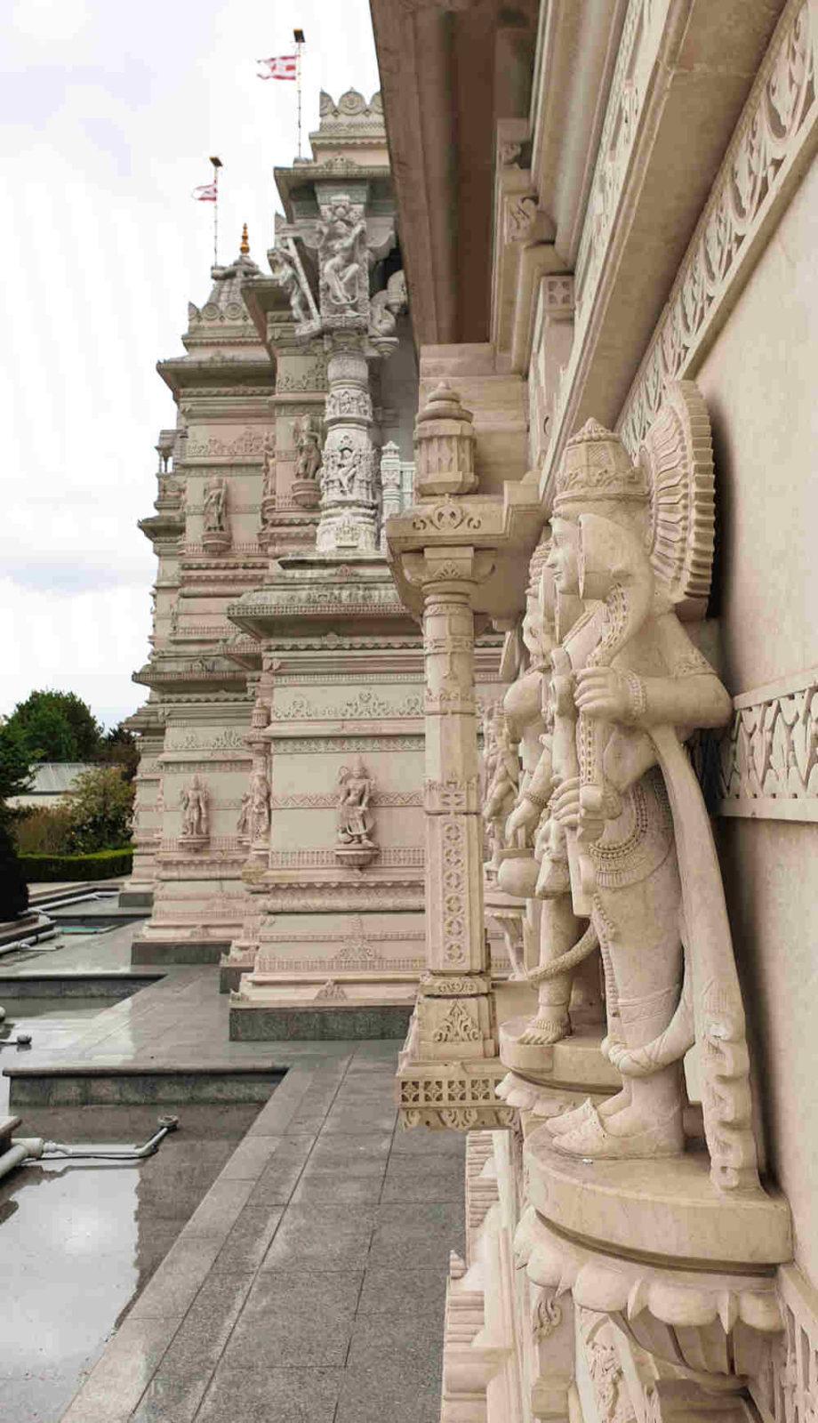 Neasden Temple carvings, architecture, exterior, how it was built
