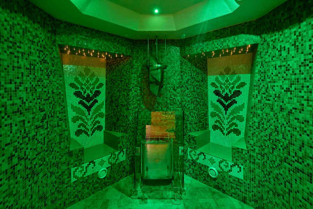Carillon Hotel, Spa