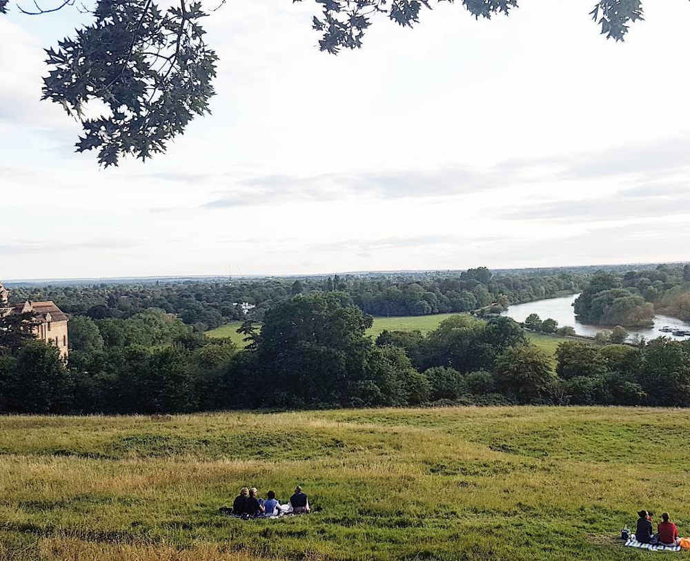 quiet picnic spots in London