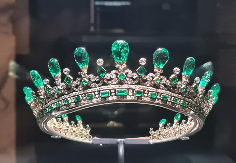 Queen Victoria emerald tiara