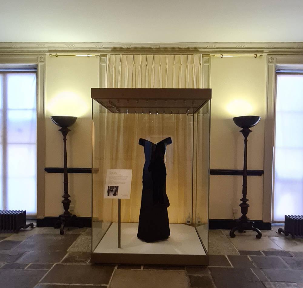 Travolta dress, Princess Diana
