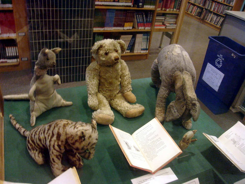 Dead famous Londoners, A.A. Milne, Winnie-the-Pooh