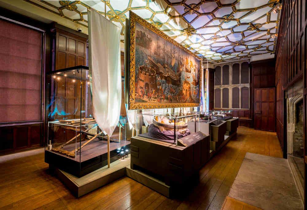 Gold and Glory Hampton Court Palace